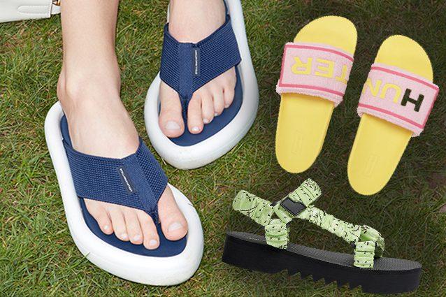 Sandali da indossare per andare al mare: le scarpe per la spiaggia più comode dell'estate 2021