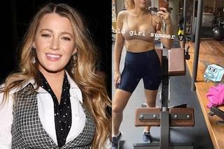 Blake Lively si allena in estate: dopo tre gravidanze vanta una forma fisica mozzafiato