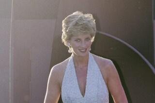 I segreti del vestito da sposa di Lady Diana e i simboli che aveva indosso al matrimonio con Carlo