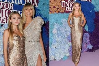 Leni  sfila in oro a Capri: il debutto sul red carpet della figlia di Heidi Klum e Flavio Briatore