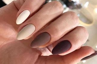 Manicure matte autunno 2021: le unghie opache sono di nuovo in trend