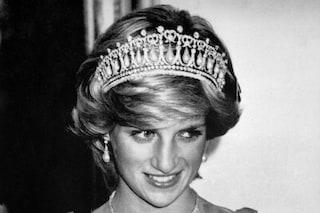 """Lady Diana e il trucco segreto per indossare la tiara: oggi a """"imitarla"""" è Kate Middleton"""