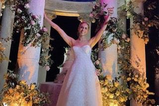 Il matrimonio di Miriam Leone: tre abiti in pizzo e con maxi scollatura per la sposa