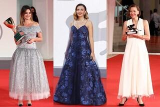 L'ultimo red carpet di Venezia 78: Serena Rossi scintillante in blu, Penelope Cruz come una principessa