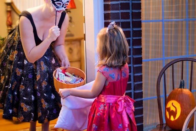 Cosa serve per fare Dolcetto o Scherzetto? 10 idee originali e golose per Halloween