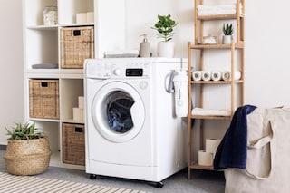 Offerte bucato pulito: fino a 650€ di sconto su lavatrici e asciugatrici