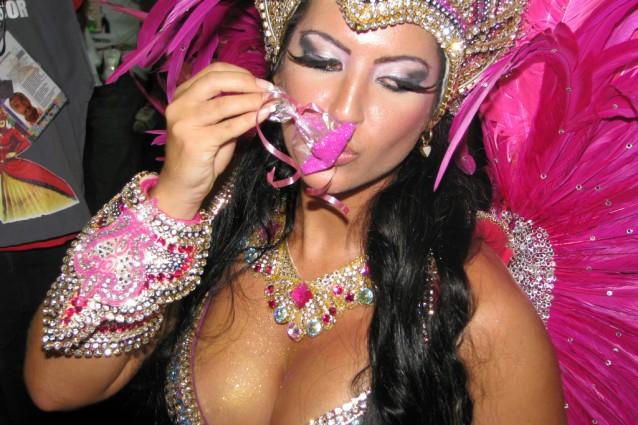 Ballerina brasiliana al Carnevale di Rio (foto di Team at Carnaval Studios).