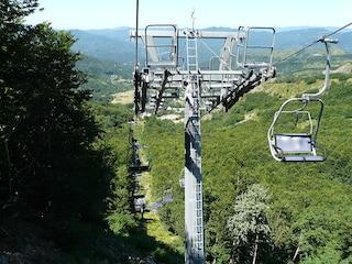 Santo Stefano d'Aveto, gli impianti sulle piste che funzionano in inverno ed estate