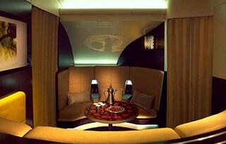 Una suite nei cieli di Abu Dhabi: il lusso da 20.000 dollari per ogni volo