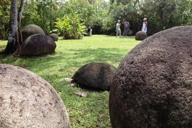 sfere di pietra odel Costa Rica