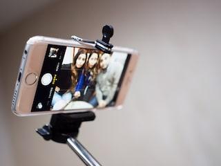 Selfie stick? Gli Usa li vietano nei musei