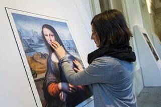 L'arte si tocca: ecco i quadri per ciechi ed ipovedenti