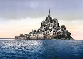 Arriva la marea del secolo e Mont Saint-Michel ridiventa un'isola