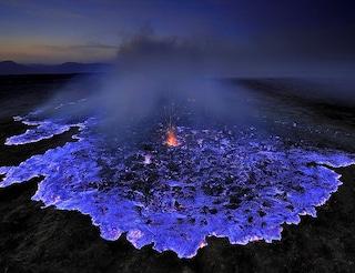 In Etiopia l'eruzione del vulcano è blu