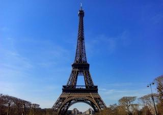 Operazione simpatia: i francesi devono essere accoglienti con i turisti