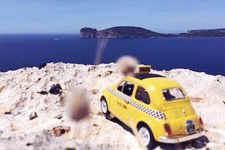 Tra le spiagge della Sardegna in compagnia di una piccola 500