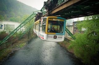"""In Germania il treno è """"sottosopra"""""""
