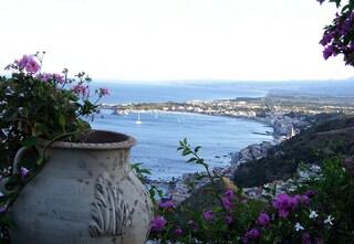 L'incanto di Giardini Naxos: storia e cultura a due passi dal mare