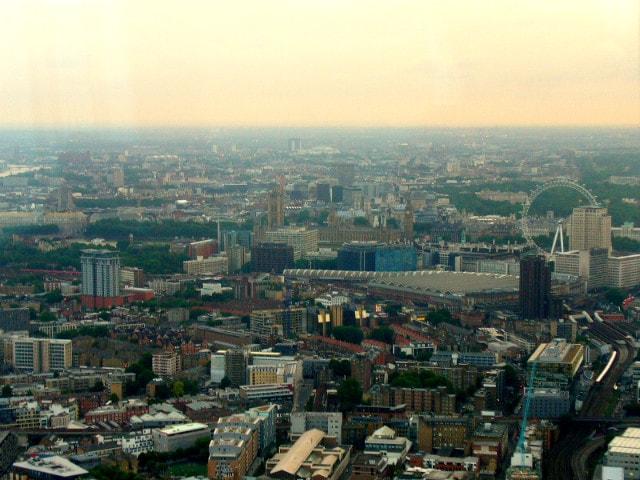 Vista dal 72° livello dello Shard verso il Parlamento inglese (Foto @Fanpage.it/Giuseppe A. D'Angelo)