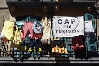 Barcellona non odia il turismo, ma la massa
