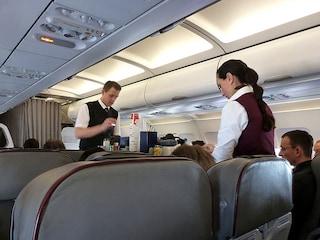 10 abitudini dei passeggeri che fanno arrabbiare le hostess
