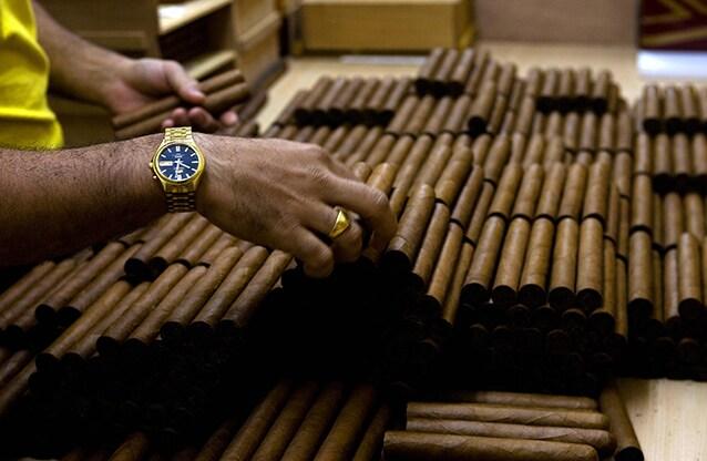 I sigari cubani: una delle poche esportazioni del paese (e la cui produzione beneficerà della distensione diplomatica).