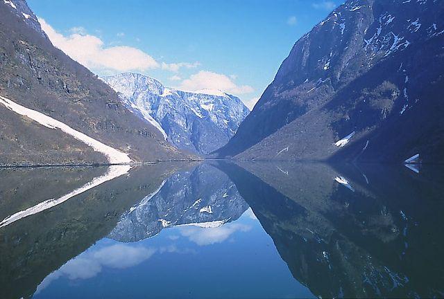 Sognefjord, Norvegia (Foto da Wikipedia).