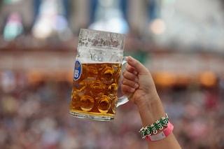 Oktoberfest 2015, il prezzo della birra sarà di minimo 10 euro