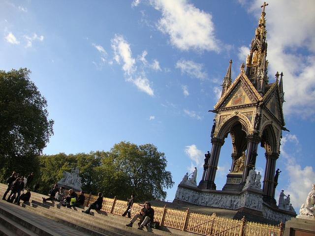 Albert Memorial, Kensington Gardens, Londra