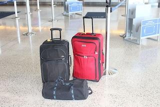 Le politiche delle principali compagnie aeree sui bagagli a mano