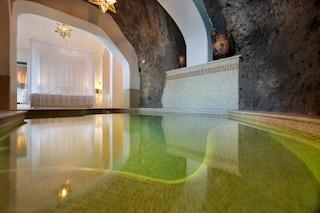 """La stanza d'albergo più """"sexy"""" al mondo? Ovviamente in Italia"""