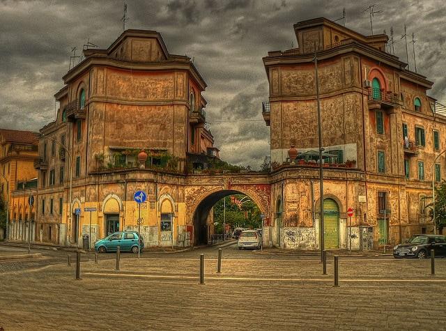 Piazza St Eurosia a La Garbatella. Foto di: Xavi