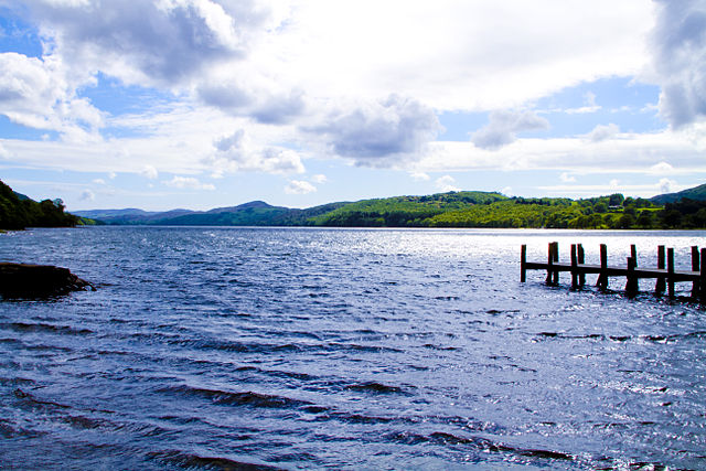 Coniston Water – Foto Wikimedia Commons