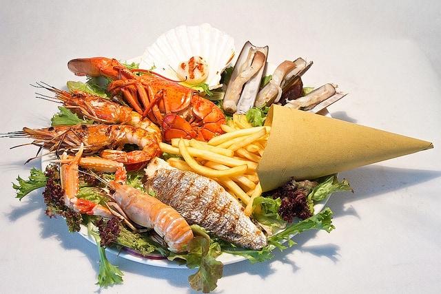 Essendo vicino al mare ad Ostia la specialità sono soprattutto i piatti a base dipesce. Foto di :Taverna Ventuno.