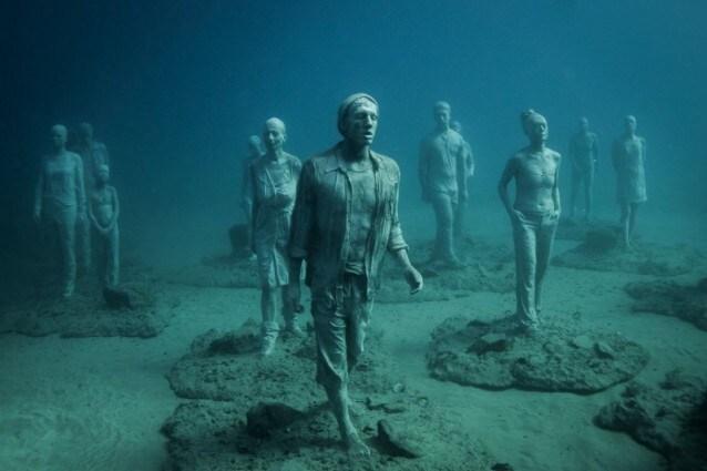 Le statue di Jason deCaires Taylor nel Museo Atlantico di Lanzarote (Uff. turistico delle Isole Canarie).