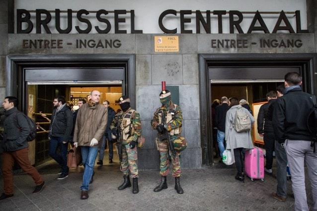 Soldati alla Stazione Centrale di Bruxelles (Foto: AURORE BELOT/AFP/Getty Images)