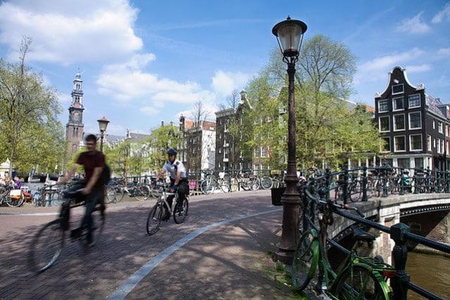 Ciclisti ad Amsterdam – Foto Wikipedia