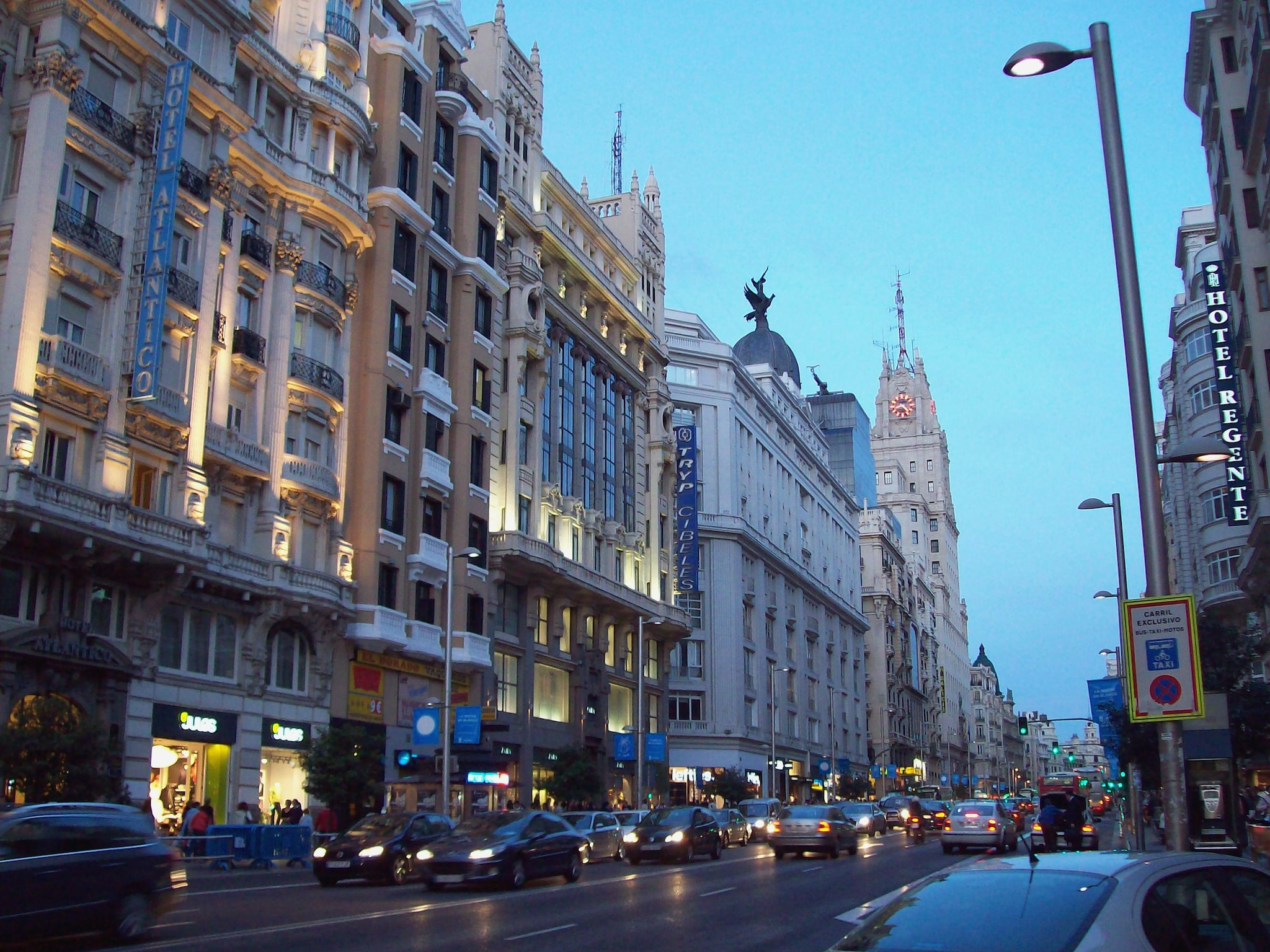Gran Via – Foto Wikimedia Commons