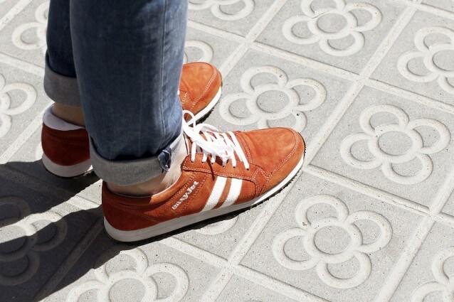 Sneakairs, il prototipo delle scarpe intelligenti di easyJet