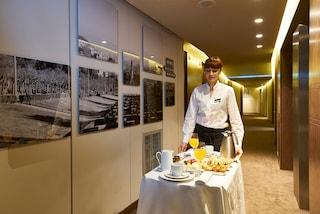 Servizio in camera in hotel: i comportamenti da evitare
