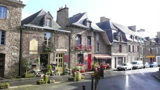Ami leggere? Questo villaggio in Francia è il posto che fa per te