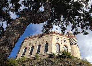 Lo sapevate che a Bologna c'è un castello incantato?