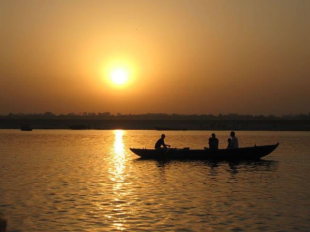 Alba sul Gange – Foto Wikimedia Commons