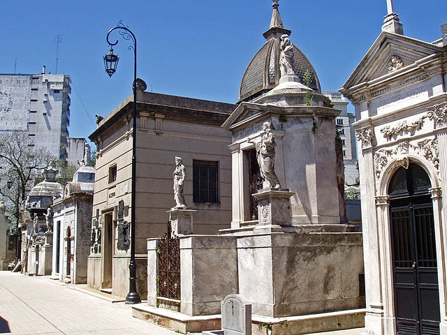 Cimitero della Recoleta, Buenos Aires – Foto di Wikipedia