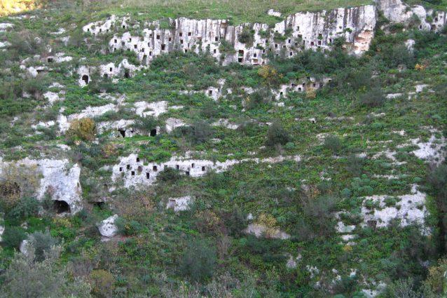Necropoli di Pantalica – Foto di Andrew Malone