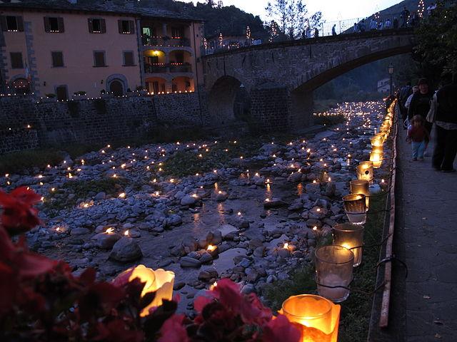 Fiumalbo, Ponte di san Rocco – Foto Wikimedia Commons