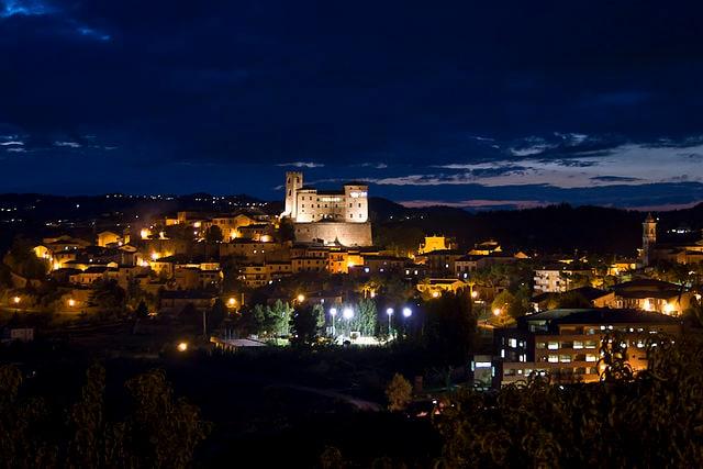 Longiano, Castello malatestiano e borgo medievale – Foto Wikimedia Commons