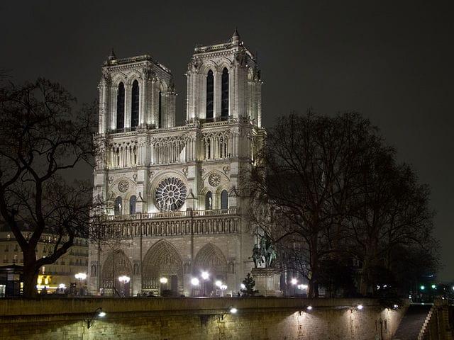 Notre Dame de Paris – Foto Wikimedia Commons