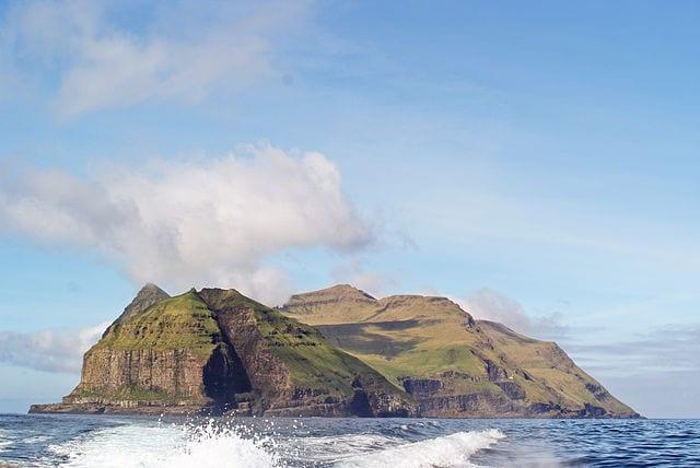 Mykines, Isole Fær Øer – Foto Wikimedia Commons