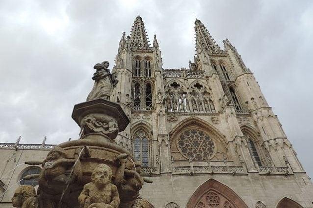 Cattedrale di Burgos, Spagna – Foto Wikimedia Commons